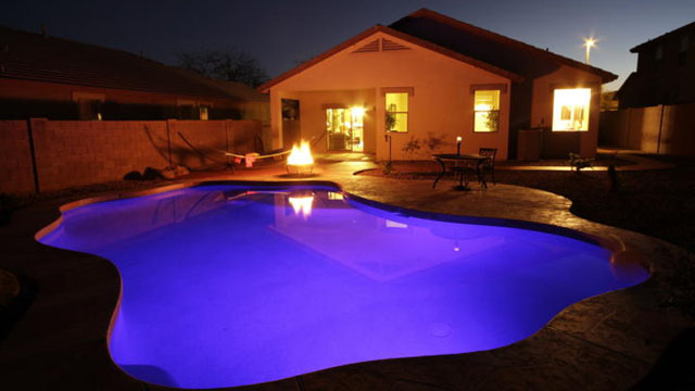 Does A Pool Increase Your Phoenix House S Value